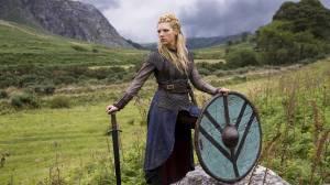 12475-vikings-lagertha-the-shieldmaiden